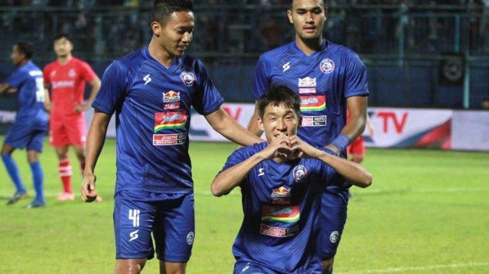 Alasan Mario Gomez Tak Mainkan 3 Pemain Asingnya sejak Menit Awal pada Laga Arema FC Vs Sabah FA