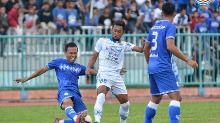 Hasil PSCS 3 - 1 Persib Bandung