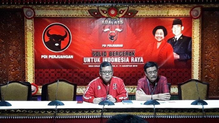 Sekretaris Jenderal PDI Perjuangan Hasto saat jumpa pers jelang Kongres V PDIP di Hotel Grand Inna Bali Beach, Sanur, Bali, Rabu (7/8/2019).