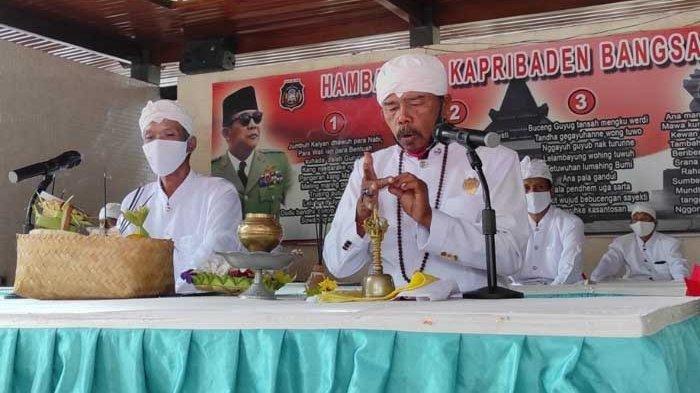 Doa lintas agama untuk peringati HAUL ke-51 Presiden Pertama RI, Ir Soekarno diikuti umat Buddha, Hindu, Kristen, Katolik, Konghucu dan Islam