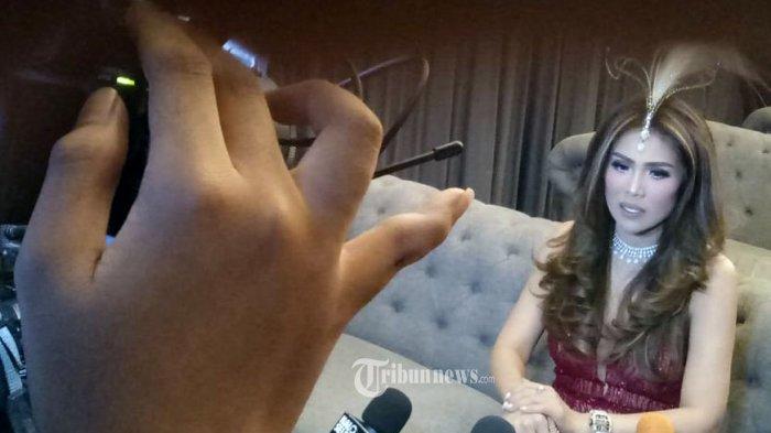 Bukan Artis Ini Sosok Helena Lim Crazy Rich Indonesian Harga Piring Di Rumah Capai Rp 200 Juta Tribunnews Com Mobile