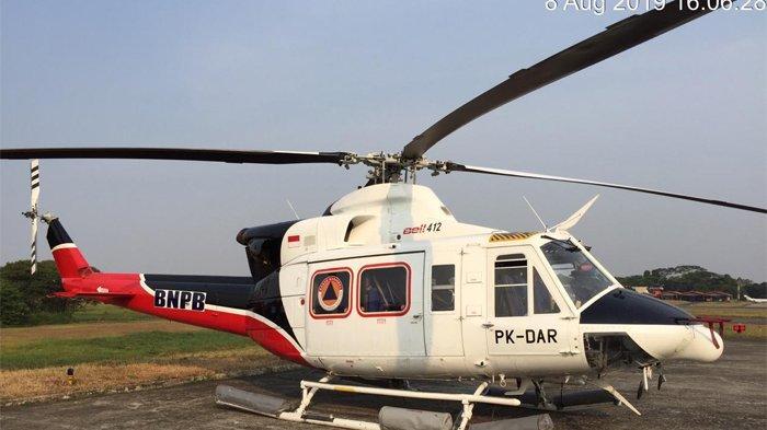 Baling-baling Helikopter Pemadam Karhutla di Pontianak Terlilit Tali Layang-layang