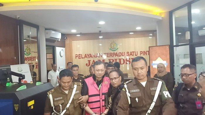 Kejagung Tetapkan 5 Tersangka Kasus Jiwasraya, Dirut Sampai Presdir Ditahan, 2 Orang Dititipkan KPK
