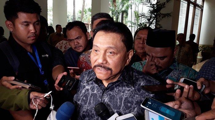 Mantan Kepala Badan Intelijen Negara (BIN) AM Hendropriyono usai menghadiri acara Halal Bihalal dengan Purnawirawan TNI di The Dharmawangsa, Jakarta Selatan, Jumat (21/6/2019).