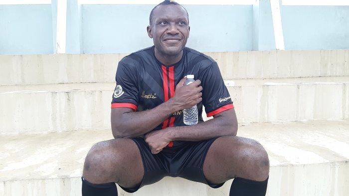 Dewa United FC Pantek Herman Dzumafo Jadi Striker Tunggal kata Kas Hartadi