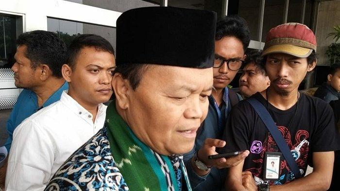Wakil Ketua MPR Hidayat Nur Wahid di Kompleks Parlemen Senayan, Sabtu (23/11/2019)