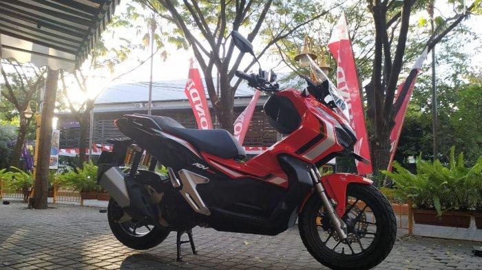 Honda ADV150 yang akan dites performanya di kegiatan touring 'World Premiere Riding Experience' oleh AHM bersama media di Bali, Jumat (9/8/2019)