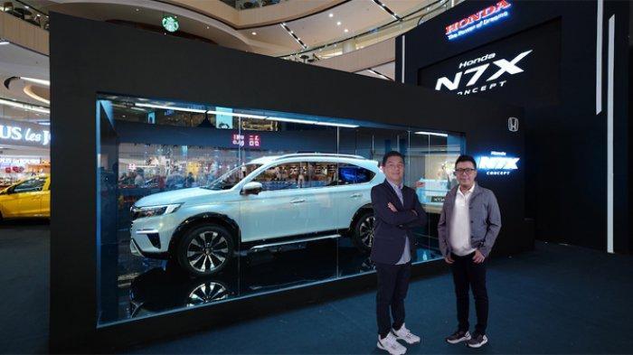 Usai menyapa masyarakat di kota Bandung dan Semarang, kali ini Honda N7X Concept akhirnya menyapa warga kota Surabaya. Honda N7X Concept hadir di Atrium Tunjungan Plaza 3, Surabaya, mulai 25 – 27 Juni 2021.
