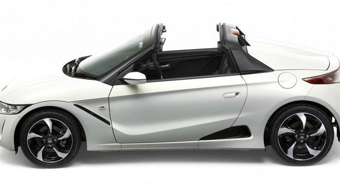Honda S660 Beratap Cabriolet Dipamerkan di Senayan