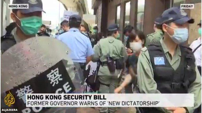 Polisi Hong Kong Tembakkan Gas Air Mata ke Ribuan Orang Turun ke Jalan di Tengah Lockdown Virus Corona