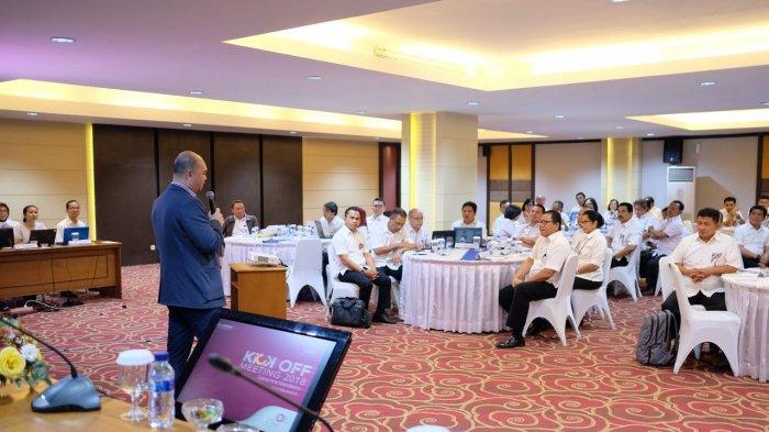 Buka Kick Off Meeting, Michael Umbas Tekankan Transformasi Digital PT HIN