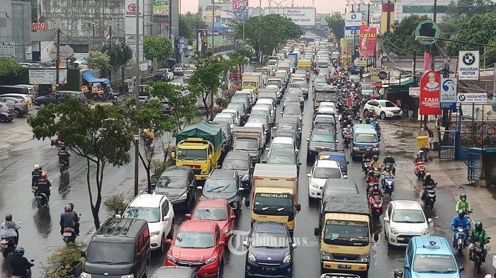 Info Cuaca BMKG Jabodetabek Jumat, 18 Juni 2021: Hujan Mengguyur Seluruh Kota