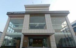 Targetkan Buka 100 Dealer di 2021, Hyundai Resmikan Dua Outlet di Jawa Timur