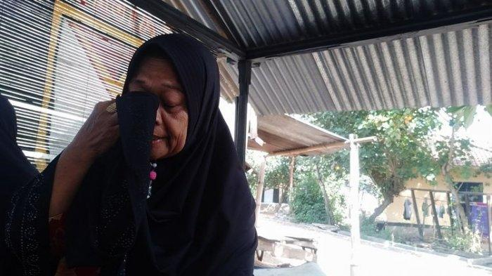 Kisah Ibu Kandung Hendak Penjarakan Oleh Anaknya, Kalsum Menangis: Dia Lahir dari Rahim Saya