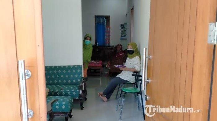 Tetangga Terpapar Covid-19, Ibunda Menko Polhukam Mahfud MD Mengungsi ke Rumah Baru