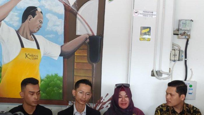Ibunda Medina Zein, Tien Wartini ditemui di kawasan Lebak Bulus, Jakarta Selatan, (5/1/2020).