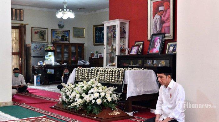 Jokowi Tetap Laksanakan Tugas meski dalam Suasana Duka, Ikuti KTT G20 Bahas Penanganan Virus Corona