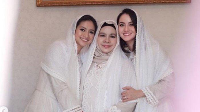 Ibunda Ririn Ekawati dan Rini Yulianti dinyatakan positif covid-19 sebelum meninggal dunia. (dok pribadi Ririn Ekawati)