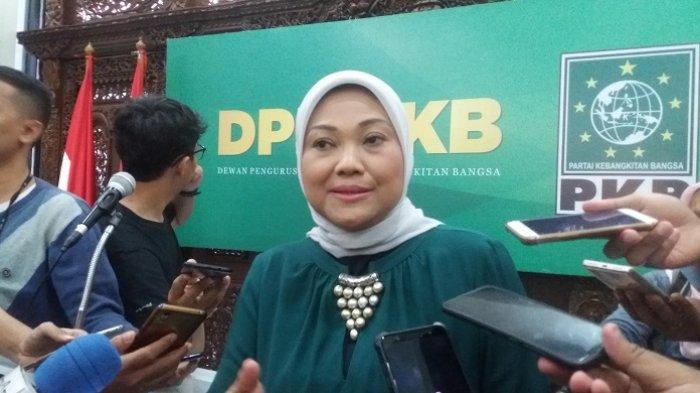 Wakil Ketua Umum bidang Kesra dan Perekonomian Partai Kebangkitan Bangsa (PKB) Ida Fauziyah usai mengumumkan nama-nama pengurus DPP PKB periode 2019-2024 di kantor DPP PKB, Jalan Raden Saleh, Cikini, Jakarta Pusat, Senin (26/8/2019).