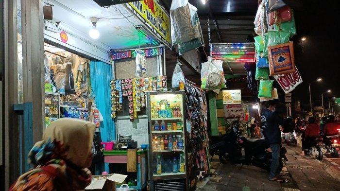 Dampak Penyekatan Pos Lenteng Agung: Omzet Pedagang Klontong Dekat Flyover Tapal Kuda Naik 85 Persen