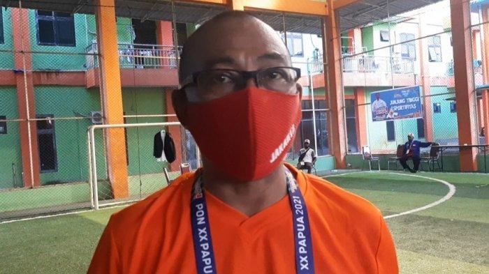 Tim Karateka Putri DKI Jakarta Rebut Emas Nomor Kumite Beregu Putri
