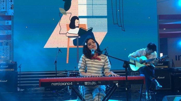 Ify Alyssa saat tampil di Usee TV Prime Musik Kemerdekaan di Mall Pesona Square Depok, Jawa Barat, Selasa (27/8/2019)