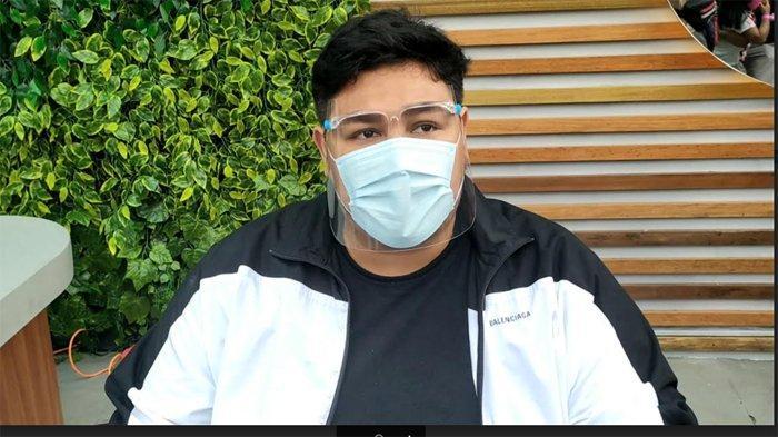 Menghilang Dari Layar TV Hingga Dikabarkan Terpapar Covid-19, Ivan Gunawan: Saya Sehat