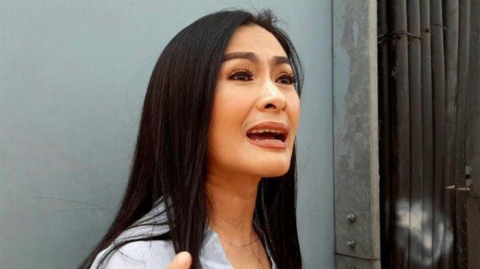 Iis Dahlia yang ditemui di gedung Trans TV, Jalan Kapten Tendean, Mampang Prapatan, Jakarta Selatan, Selasa (17/12/2019).