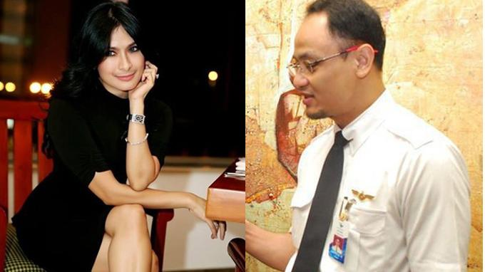 Iis Dahlia dan suaminya pilot Satrio Dewandono