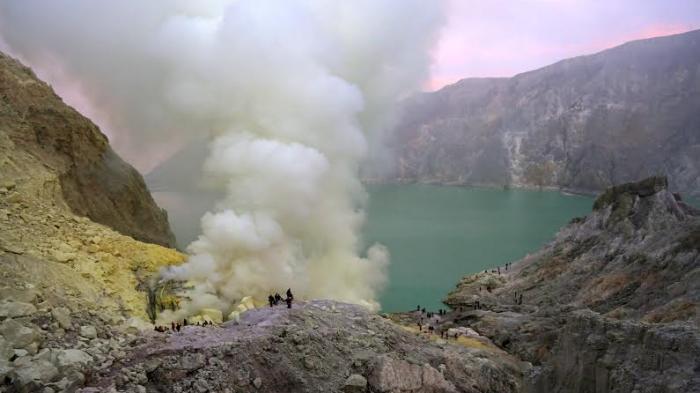 Wisata Kawah Ijen Kembali Dibuka, Jumlah Pengunjung Dibatasi