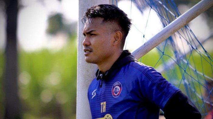 Jelang Piala Wali Kota Solo, Arema FC Kehilangan Bek Tengah yang Hengkang ke Sriwijaya FC