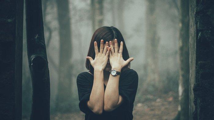 5 Zodiak yang Paling Tidak Bisa Berada di Keramaian Orang, Terasa Menakutkan Bagi Mereka