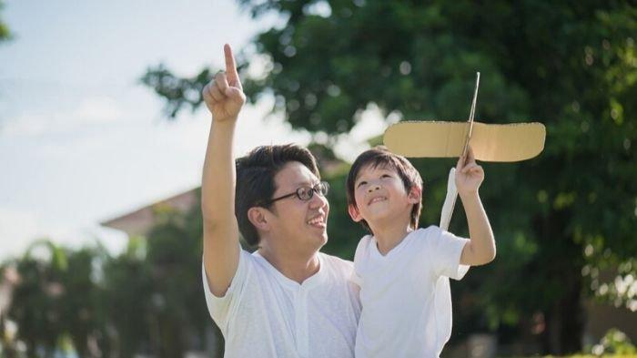 Ayah, Peran Anda Penting untuk Mencegah Anak dari Stunting