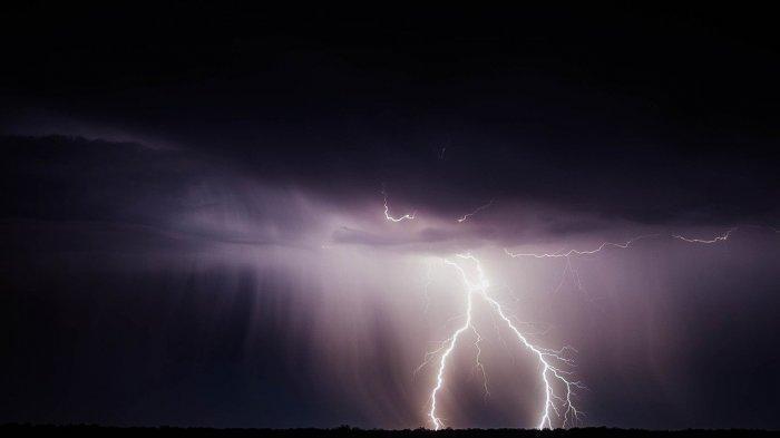 Arti dari Thunderstorm, Fenomena Cuaca yang Menjadi Penyebab Suara Dentuman di Malang