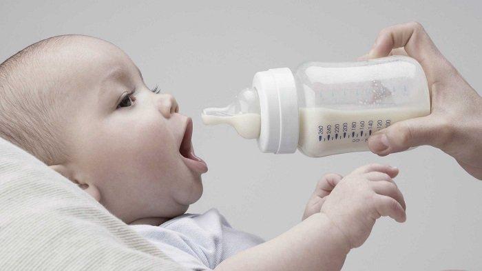 VIRAL Bayi Usia 34 Hari Diberi Susu Kambing dan Madu Agar Gemuk, Ini Tanggapan Dokter Anak