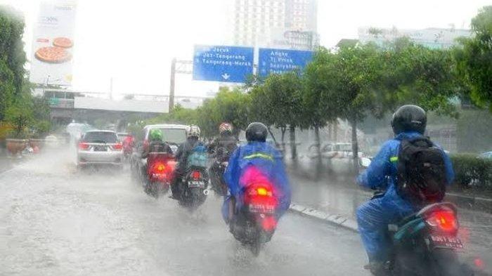 Peringatan Dini Cuaca Ekstrem BMKG Sabtu, 18 September 2021: 22 Wilayah Berpotensi Hujan Lebat