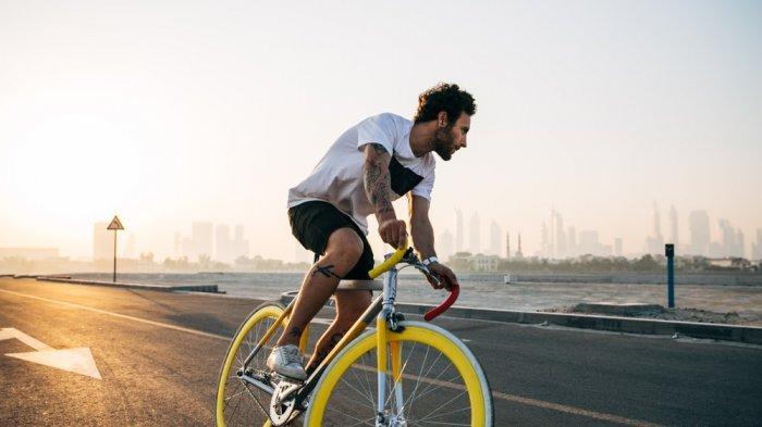 Aturan Bersepeda di Jalan Raya Menurut Peraturan Menhub No 59 Tahun 2020