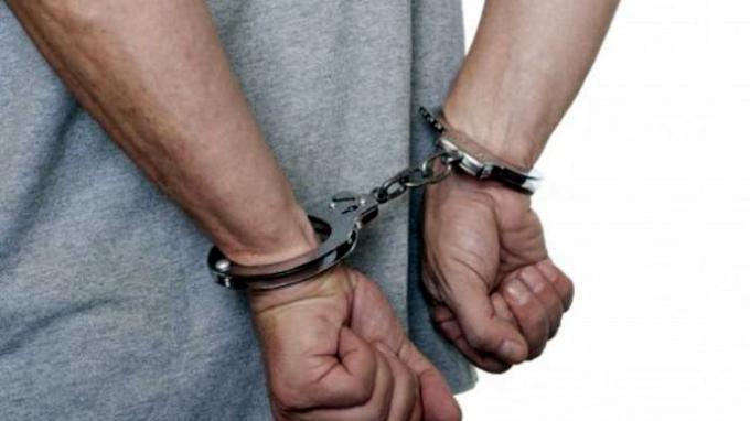 BREAKING NEWS: Polisi Tangkap Seorang Artis Berinisial JS Diduga Terkait Narkoba