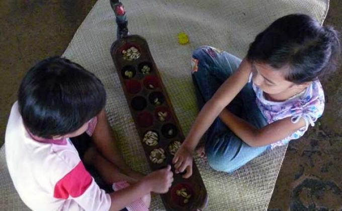 Langka Sekawan Lestarikan Permainan Tradisional Anak Anak Tribunnews Com Mobile