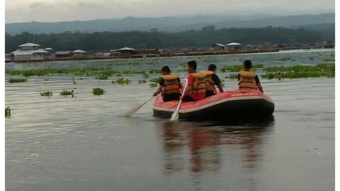 Ilustrasi evakuasi di Waduk Cirata Purwakarta
