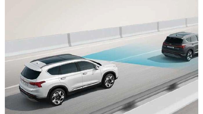 Ilustrasi fitur keamanan pada mobil untuk meminimalisir risiko benturan