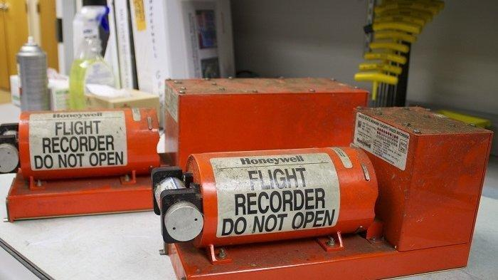 Ilustrasi flight recorder atau yang biasa disebut black box.