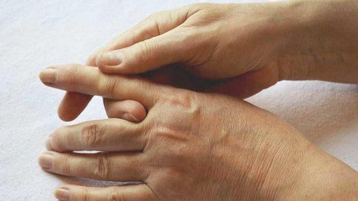 Waspadai Efek Penggunaan Gadget dalam Jangka Waktu Lama, Bisa Akibatkan Trigger Finger