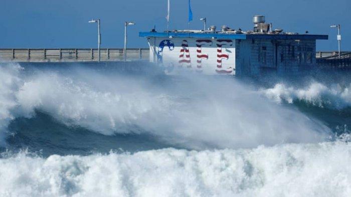 ILUSTRASI gelombang tinggi - Peringatan Dini BMKG Hari Ini, Selasa 11 Februari 2020: Wilayah Berpotensi Alami Gelombang Tinggi.