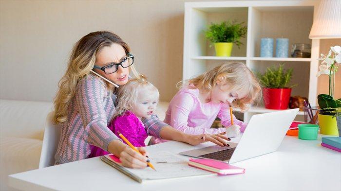 4 Tips Ibu Rumah Tangga Bisa Peroleh Penghasilan Tambahan