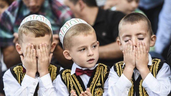 Beginilah Tradisi Unik Perayaan Hari Raya Idul Fitri di Berbagai Negara