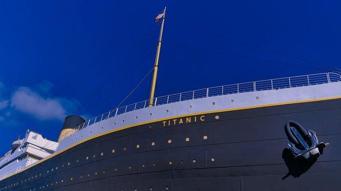 Ilustrasi Kapal Titanic