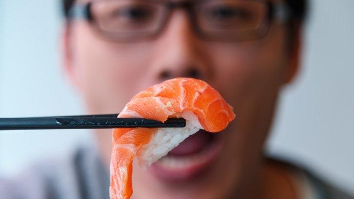 11 Restoran di Jakarta yang Sediakan Layanan Pesan Antar Sushi