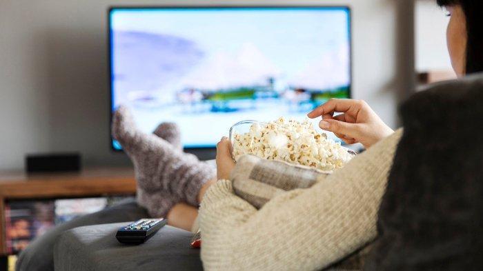 Stres di Rumah Saja Selama Pandemi Virus Corona, Menonton Film Bisa Jadi Jalan Keluar