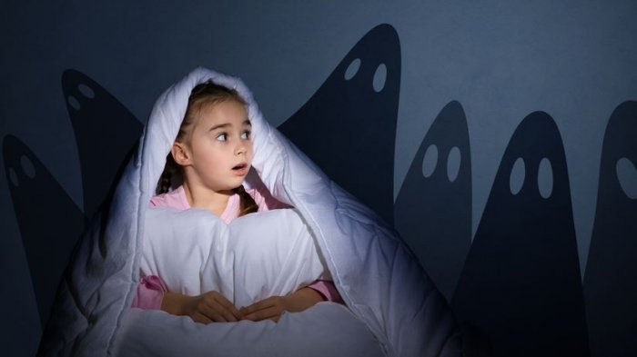 Sering Terbangun Tengah Malam? Ini 8 Penyebab serta Cara Mengatasinya